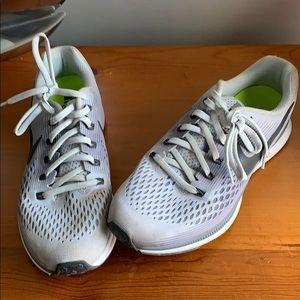 Nike Zoom Pegasus 34 Running Shoes!! Ships Fast!